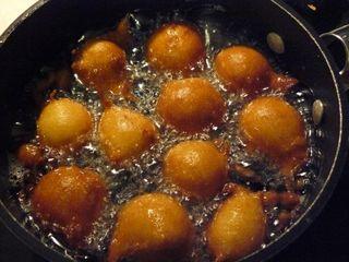 Dougnuts1[1]